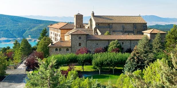 Vista del Monasterio de Leyre
